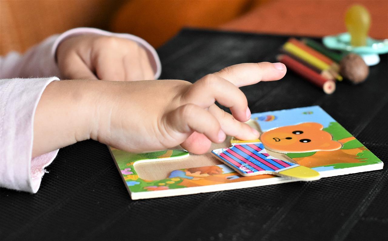 Quels jouets sont indiqués pour un enfant de 3 ans?